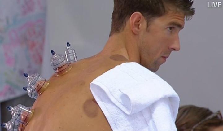 Michael Phelps kupattavana